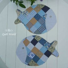 Ulla's Quilt World: Quilted Fish mug rug - Ulla's Quilt World: Quilted Fish mug rug La mejor imagen sobre healthy breakfast para tu gusto Es - Star Quilts, Mini Quilts, Baby Quilts, Quilt Blocks, Quilted Coasters, Quilted Potholders, Mug Rug Patterns, Quilt Patterns, Canvas Patterns