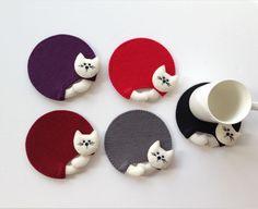Şirin Kedicikler Keçe Bardak Altlığı Keçeden şirin renk renk kedi bardak altlıkları. Günlük kullanım ve kedi seven.... 368651