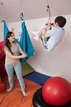 Occupational Therapy for Children Sensory Integration Therapy, Sensory Therapy, Therapy Activities, Ot Therapy, Vision Therapy, Physical Therapy, Sensory Room Autism, Sensory Rooms, Proprioceptive Activities
