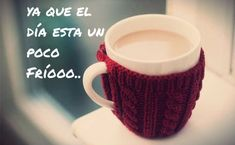 No viene nada mal un café.... Coffee Quotes, Mugs, Tableware, Diy, Thoughts, Google, Pictures, Happy, Amor