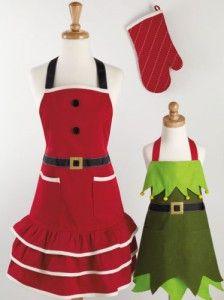Omg! So cute!! Santa & little Elf helper apron's! So want to make these!!