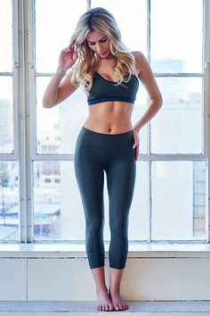 #RichKids' Morgan Stewart Shows Off Killer Abs & Hot Body in New Fitness Wear Collection: See the Pics! on Rich Kids Of Beverly Hills   E! Online Mobile