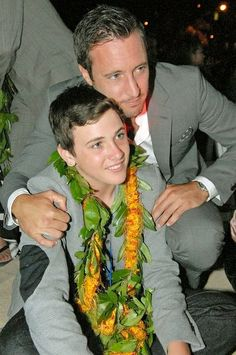 ♥♥♥ photo by T.Lau at Sunset on the Beach 2012 - Saxon and Alex O'Loughlin