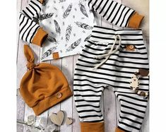 Baby boy gift for baby showers. This high quality newborn boy clothes is printed with stripe pattern. The baby boy clothes comes with 3 pieces, hat, shirt and pant. Baby Outfits Newborn, Baby Boy Newborn, Baby Girls, Baby Boy Fashion, Kids Fashion, Newborn Fashion, Fashion Design, Style Fashion, Babies Fashion