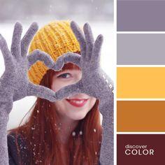 Яркая желтая шапка | DiscoverColor.ru