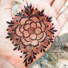131 Simple Arabic Mehndi Designs That Will Blow Your Mind! Khafif Mehndi Design, Henna Tattoo Designs Simple, Floral Henna Designs, Simple Arabic Mehndi Designs, Henna Art Designs, Mehndi Designs For Beginners, Mehndi Designs For Girls, Mehndi Design Photos, Wedding Mehndi Designs