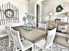 Farmhouse decor! Fixer Upper style