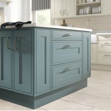 The Mackintosh Edwardian kitchen comes in a traditional style with a matt finish. Browse the kitchen features and find a retailer near you. Inframe Kitchen, Blue Kitchen Cabinets, Kitchen Units, Kitchen Decor, Traditional Kitchen Inspiration, Traditional Kitchens, Light Blue Green, Painted Doors, Kitchen Styling