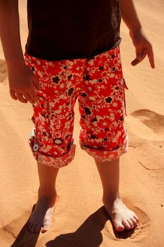 Convertible Cargo Pants for Kids -- tutorial  free pattern for pockets  tab (Use your own pants pattern.)