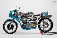 New from NYC Norton: A Seeley Matchless racing motorcycle British Motorcycles, Racing Motorcycles, Custom Motorcycles, Norton Bike, Build A Bike, Speed Racer, Cafe Racer Motorcycle, Street Bikes