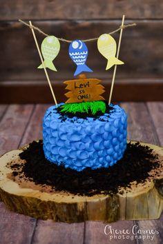 Gone fishing smash cake dolcicakeboutique boy birthday for Fishing first birthday