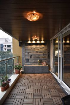 Cool 33 Spectacular Small Balcony Design Ideas With Lighting That So Awesome Modern Balcony, Balcony Bar, Small Balcony Design, Small Balcony Garden, Small Balcony Decor, Outdoor Balcony, Terrace Design, Balcony Decoration, Balcony Ideas