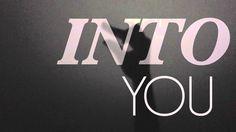 Paramore - Still Into You (Lyric Video)
