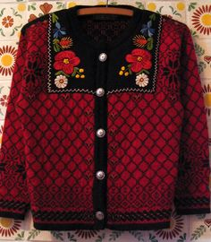 """""""Norwegian Sweater"""" Hard to see in this pic but I think she embroidered the black fabric and it isn't really a lapel. Cute look."""