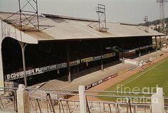 Crystal Palace Fc, Philadelphia Union, Afc Bournemouth, British Football, Football Stadiums, Central Station, Watford, Baseball Field