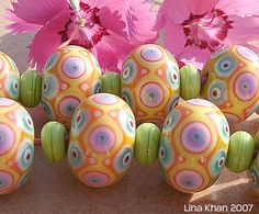 Lina Khan   Lampwork Beads: TERESITA - Bead Set made of complex Dot Designs