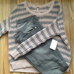 """Free People Chunky Knit Sweater Thick knit sweater. 1""""lower in back than front. Light dusty pink and grey stripes. New! 100% cotton. Hand wash / Lay flat to dry. 22"""" arm pit to arm pit. Free People Sweaters Crew & Scoop Necks"""