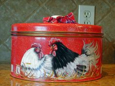 VINTAGE CAKE KEEPER-Red with nesting rooster and hen