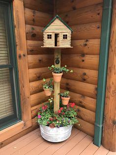 Garden Yard Ideas, Diy Garden Projects, Garden Crafts, Diy Garden Decor, Garden Art, Garden Design, Bird Houses Painted, Diy Garden Furniture, Unique Gardens