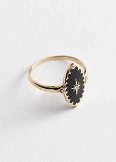 Trillion Engagement Ring, Engagement Ring Settings, Crystal Engagement Rings, Nontraditional Engagement Rings, Bling Bling, Aquamarine Rings, Oval Pendant, Diamond Cluster Ring, Ring Verlobung