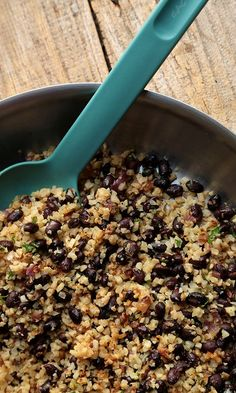 If you've only got 5 minutes, this cauliflower rice and beans is the perfect healthy addition to any lunch or dinner.