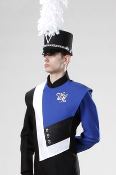 The bold lines and sleek angles make this jacket interesting up close and gorgeous on the field! Male Senior Pictures, Senior Photos, Senior Portraits, Marching Band Uniforms, Marching Bands, Korean Short Hair, Drum Major, Drumline, Uniform Design