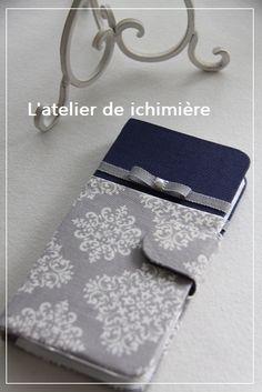こんにちはカルトナージュ教室L'atelier de ichimière(イチミエール)です スマホ機種変更しましたおよそ3年ぶり写真がキレイ。サクサク動...