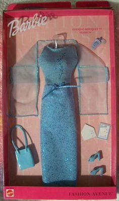 Fashion Avenue Barbie 2000 28134 Charm Evening Bouquet NRFB | eBay
