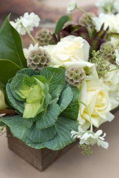 Флористика в деталях: декоративная капуста на свадьбе