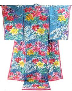 Uchikake lily