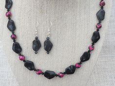 Black Glass and Faceted Pink Black Agate Necklace by jazzybeads