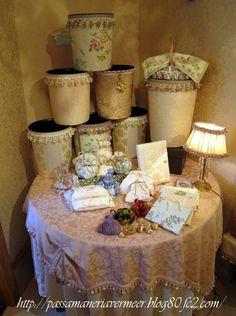 ショールーム ***「Chez Mimosa シェ ミモザ」   ~Tassel&Fringe&Soft furnishingのある暮らし  ~   フランスやイタリアのタッセル・フリンジ・  ファブリック・小家具などのソフトファニッシングで  、暮らしを彩りましょう     http://passamaneriavermeer.blog80.fc2.com/