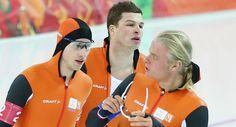 Sven Kramer, Jan Blokhuisen en Koen Verweij  goud bij de Ploegenachtervolging finale Olympische Winterspelen 2014 Sotsji Getty