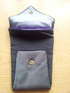 Kindle pouch made a tie. www.junksmith.co.uk