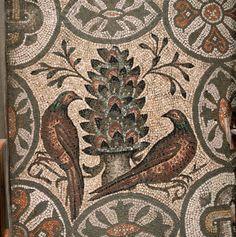 aquileia basilica - mosaici pavimento basilica Aquileia -Friulia V:G:-Italia