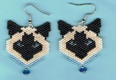 Hand-Beaded-Siamese-Cat-Head-with-blue-color-dangling-earrings
