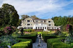 The Mayflower Grace is located at 118 Woodbury Road, Washington, CT 06793. The grounds of this dining destination are incredibly beautiful.