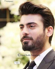 App jaisa koi nahi fawad g 🙈 Pakistani Models, Pakistani Actress, Tv Actors, Actors & Actresses, Fawad Khan Beard, Punjabi Boys, Boy Photography Poses, Shahid Kapoor, Great Beards