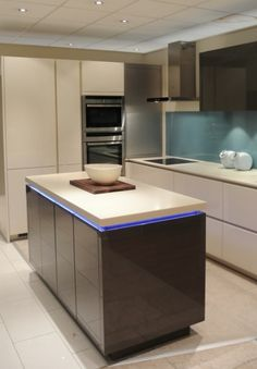 Stunning Neff ovens, hob and hood in this stylish kitchen design from Elements Kitchens, Reading. Under Counter Lighting, Real Kitchen, Best Kitchen Designs, Stylish Kitchen, Cool Kitchens, Appliances, Reading, Inspiration
