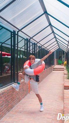 Taeyong looks so cute 💚 Nct Taeyong, Winwin, Jaehyun, Nct 127, Teaser, Pre Debut, Wattpad, Fandoms, Na Jaemin