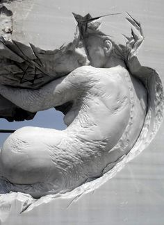 'Simbiosis', sculpture carved from marble stone by Pascale Archambault.