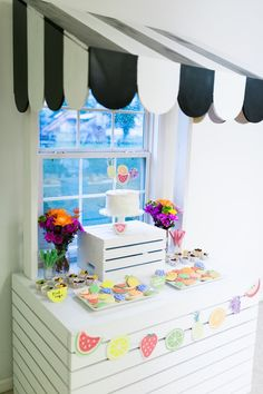 Searching for a super sweet birthday party idea? This Tutti Frutti Birthday Party at Kara's Party Ideas has loads of cute kids party ideas. Cake Table Birthday, Girl Birthday, Birthday Parties, Birthday Ideas, Fruit Party, Tutti Frutti, Bake Sale, Candy Buffet, Baby Shower