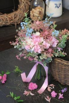 vintage, kytice, umělá, látková, svatba Floral Wreath, Wreaths, Table Decorations, Furniture, Home Decor, Homemade Home Decor, Flower Crowns, Door Wreaths, Home Furnishings