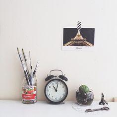 Tiny darling: Desk Space