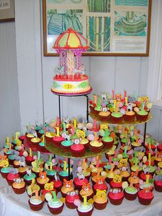 Carnival Carousel and Animals Cupcakes