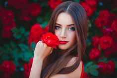 What is the Best zodiac sign for female to marry according to Zodiac Sign. Also, read personality traits of women related to different zodiac signs. Make Hair Grow Faster, How To Make Hair, Grow Hair, Top Photos, Most Beautiful, Beautiful Women, Beautiful Flowers, Girls Hand, Foto Pose