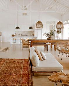 Home Living Room, Living Room Decor, Living Spaces, Home Interior Design, Interior Decorating, Filipino Interior Design, Interior Plants, Style Deco, Home Fashion
