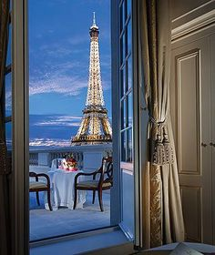 The Shangri-La Hotel, Paris. Dinner for two on the terrace please.