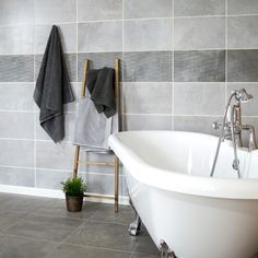 Bring that industrial look into your home with these Grey Floe Tiles. Made from ceramic, these tiles are perfect for a bathroom or kitchen wall space. Bathroom Floor Tiles, Wall Tiles, Tile Floor, Ceramic Decor, Wall Spaces, Clawfoot Bathtub, Living Area, Grey, Interior