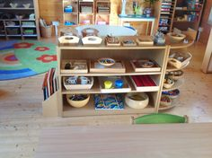 The Hundred Languages of Children: The teacher: our new Reggio inspired classroom Montessori, Reggio Emilia Approach, Reggio Inspired Classrooms, Practical Life, Classroom Setup, Learning Spaces, Play To Learn, Early Childhood Education, 3 Things